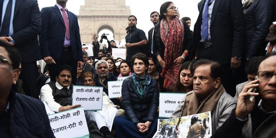 Congrats senior leader Priyanka Gandhi along with other senior leader sit a peaceful protest at Historical India Gate in New Delhi on Monday. (Photo | EPS/Parveen Negi)