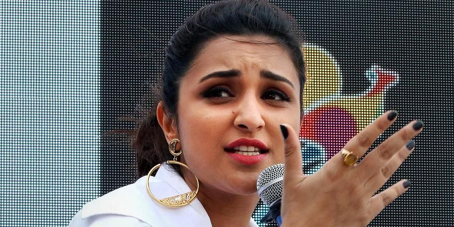 PARINEETI CHOPRA: If this is what's gonna happen everytime a citizen expresses their view, forget #CAB, we should pass a bill and not call our country a democracy anymore! Beating up innocent human beings for speaking their mind? BARBARIC.