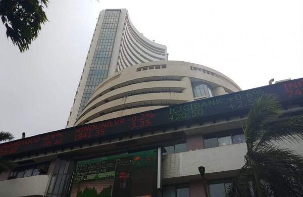 Sensex falls 65 points below 40750-mark on global trade worries
