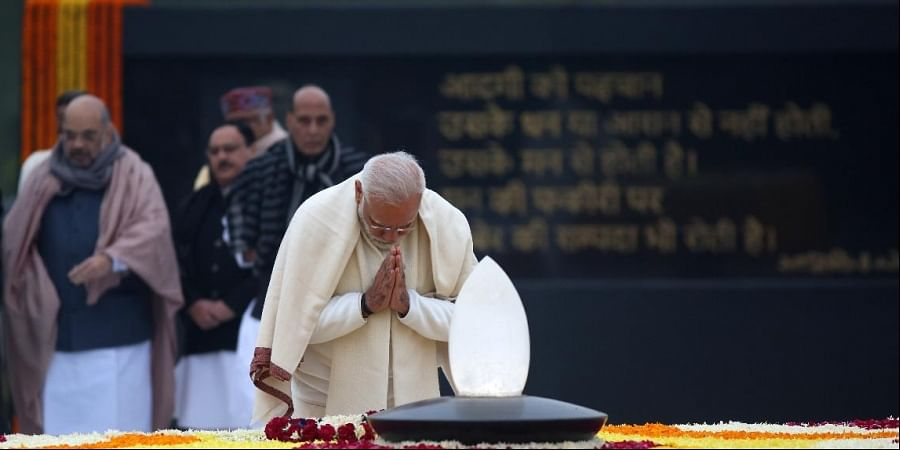 Prime Minister Narendra Modi pays homage to former Prime Minister, Atal Bihari Vajpayee on his 95th birth anniversary, in New Delhi on Wednesday. (Photo | Shekhar Yadav/EPS)