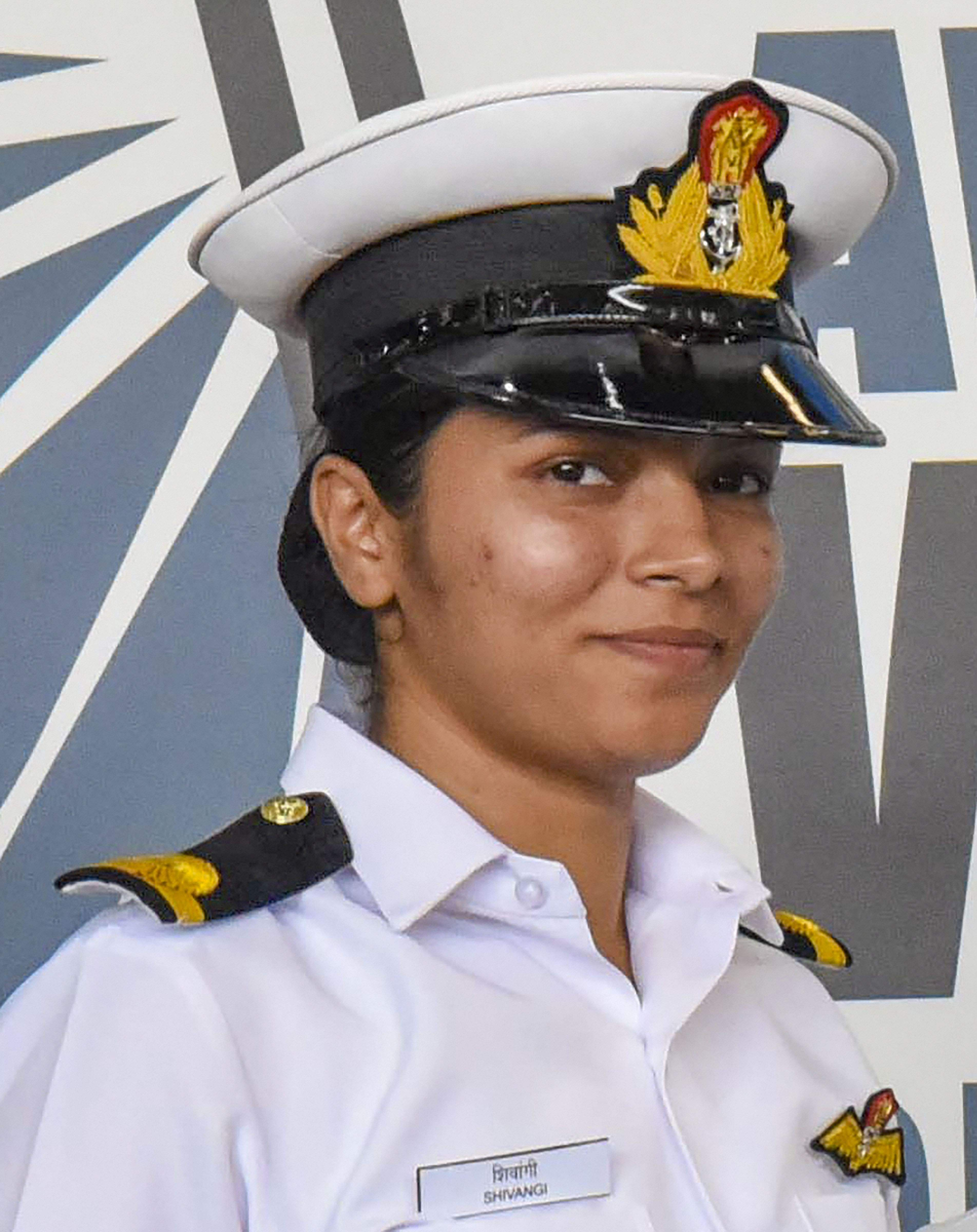 Shivangi completed her basic training in 2018 at the Indian Naval Academy and was brought to Kochi, to train with the Indian naval air squadron. (Photo | PTI)