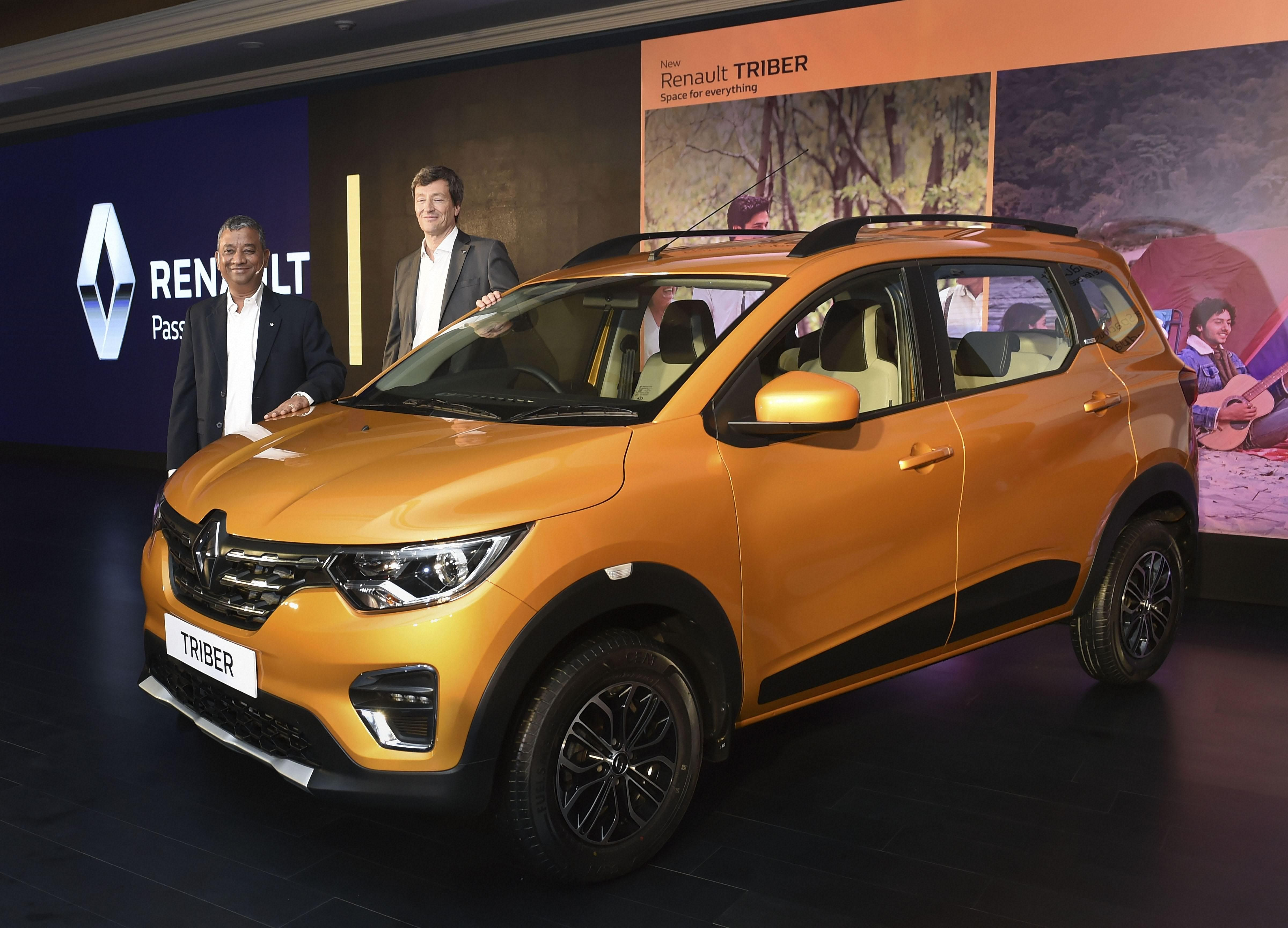 Renault India CEO & MD Venkatram Mamillapalle (L) and VP-Sales & Marketing Thomas Dubruel during the launch of the company's all new car 'TRIBER', in New Delhi (Photo| PTI)