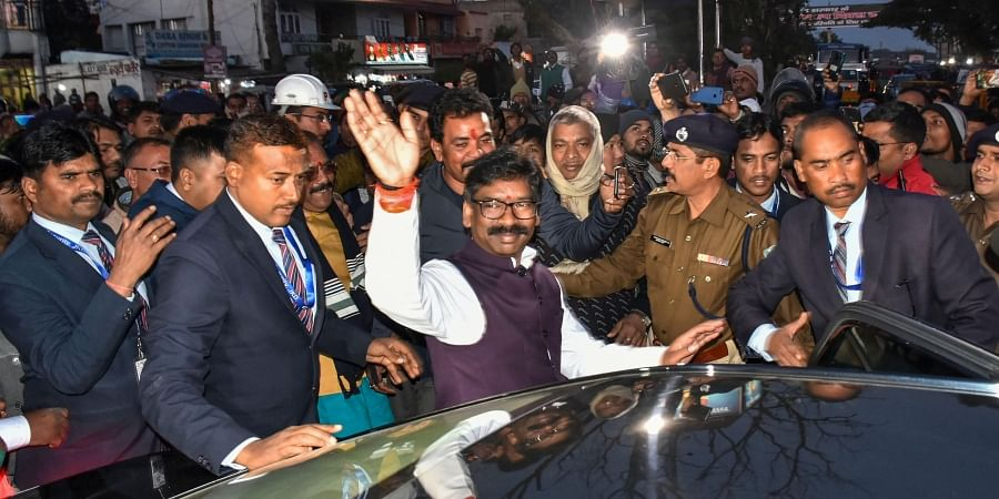 Chief Minister of Jharkhand Hemant Soren meets with local public after swearing-In-ceremony at Birsa Chowk in Ranchi Sunday Dec. 29 2019. (Photo | PTI)
