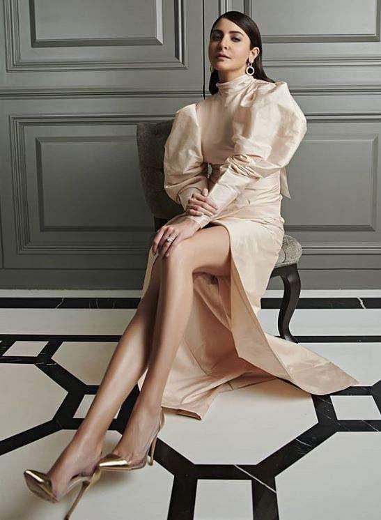 Anushka Sharma bagged the award for the 'Most Glamorous Star (Female)'