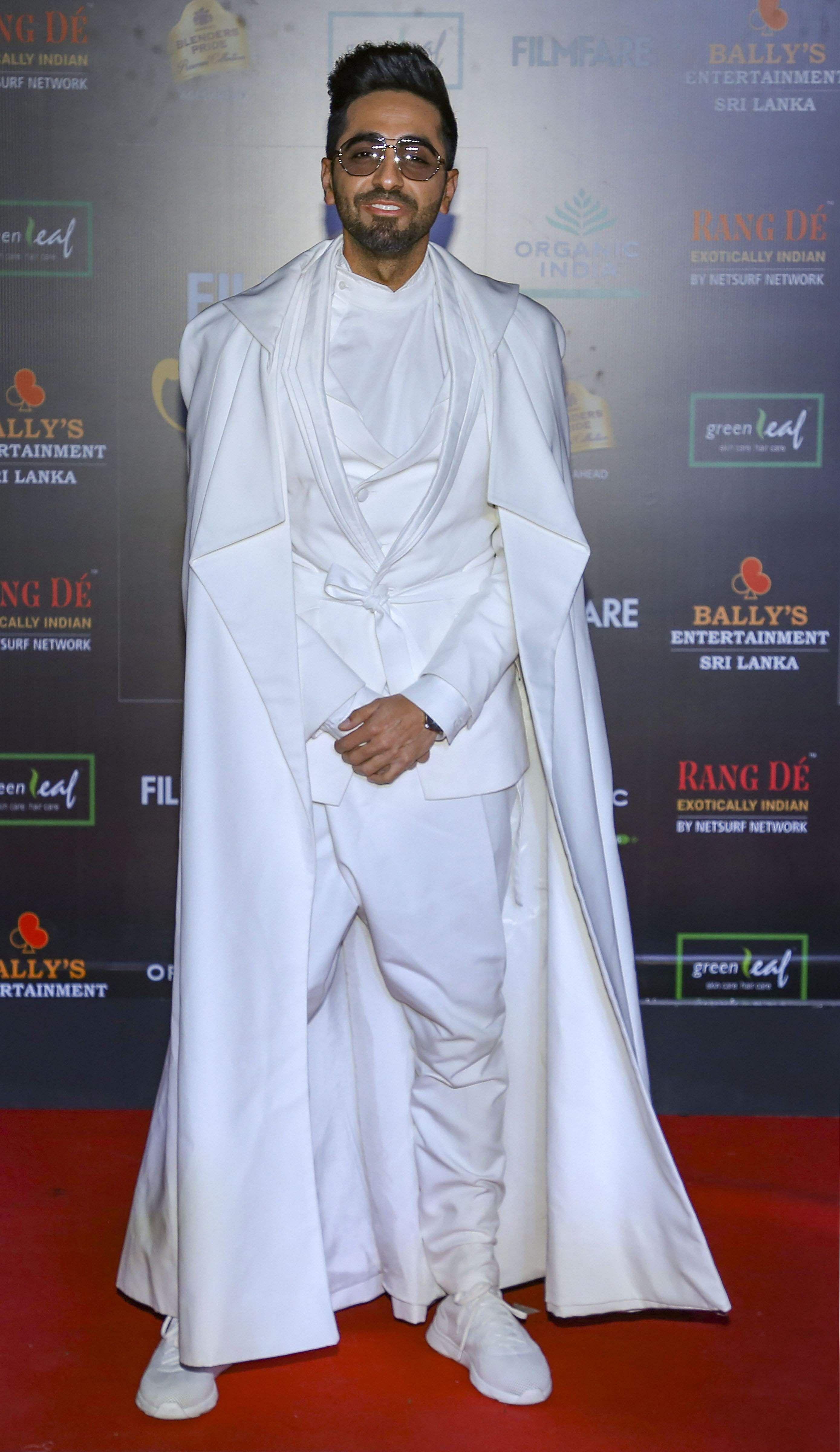 B-town's new hit-machine, Ayushmann Khurrana won the 'Most Stylish Star (Male)' award