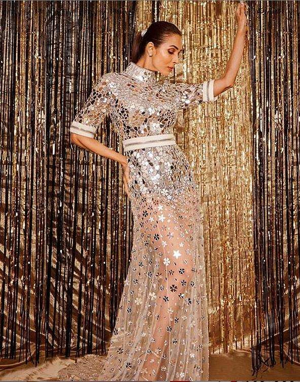 Malaika Arora, gorgeous as ever took home the 'Diva of the Year' award