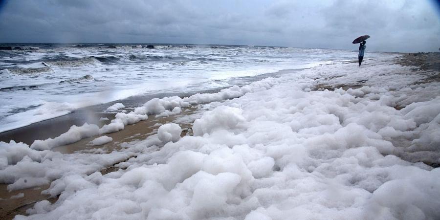 Foam spotted in Chennai Beach. (File | EPS)