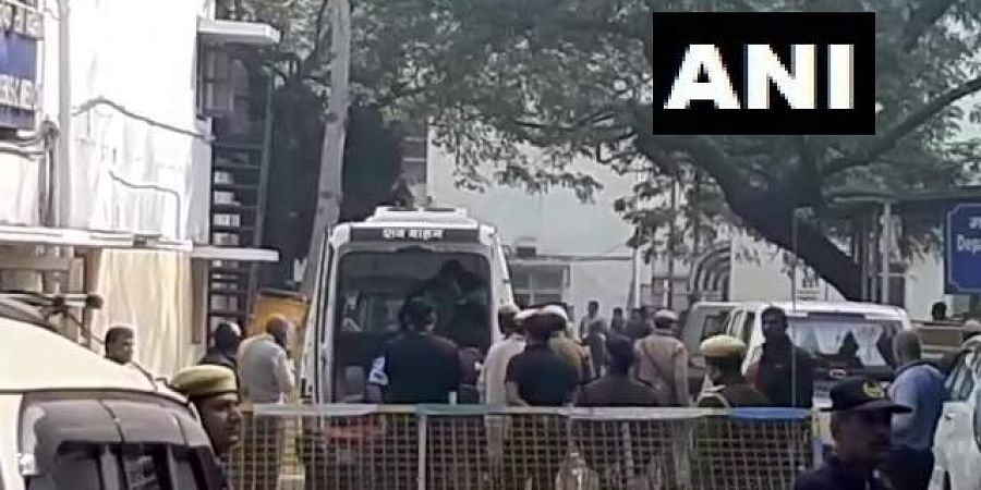 Mortal remains of Unnao rape victim being taken to her village in Unnao, from Safdarjung hospital in Delhi.
