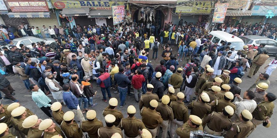 Delhi fire, Anaj Mandi fire