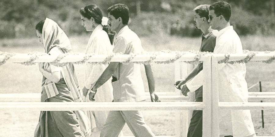 Congress leader and wife of late PM Rajiv Gandhi, Sonia Gandhi (extreme left).