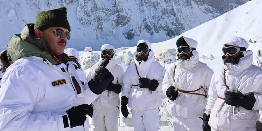 Lt Gen YK Joshi, GOC Fire & Fury Corps visited forward posts in Siachen Glacier today and reviewed the operational preparedness in the sector.