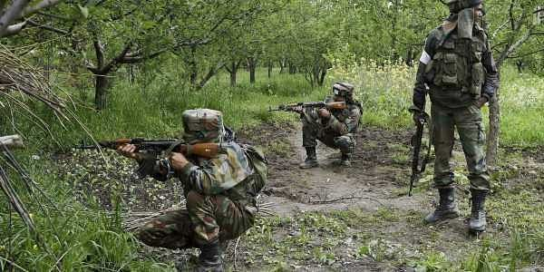 A file photo of Indian soldiers taking position during an encounter. (Photo | PTI)