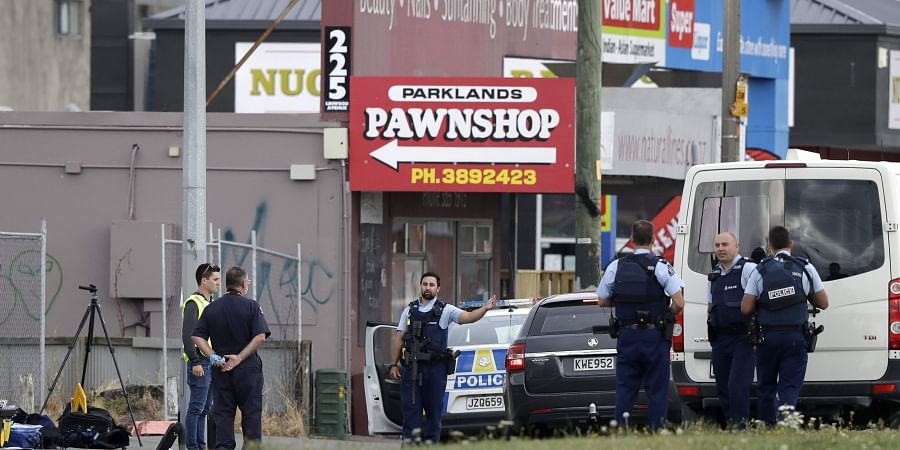 Reported Christchurch mosque shooting sees armed police deployed and schools in lockdown