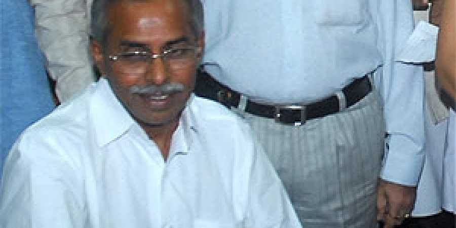 YS Vivekananda Reddy Picture: YSR Congress Leader YS Vivekananda Reddy Dead- The New