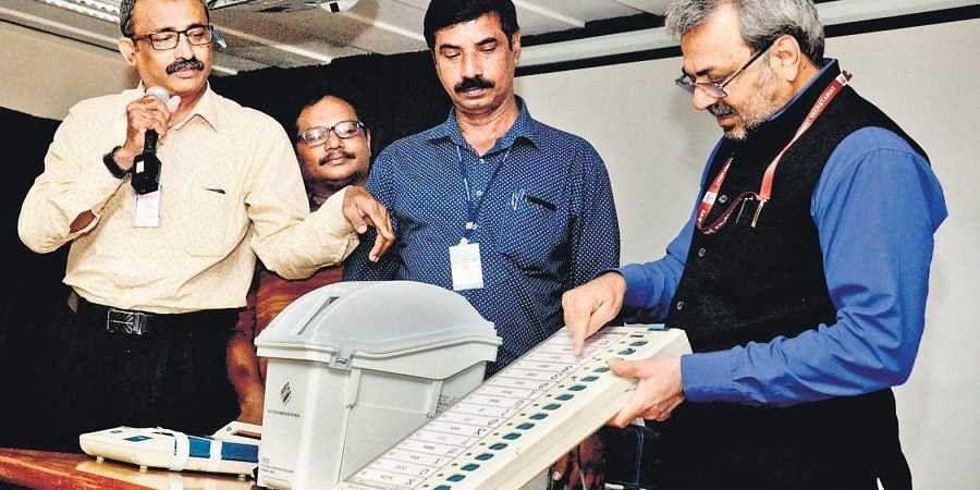 Chief Electoral Officer Teeka Ram Meena at a VVPAT familiarisation programme in Thiruvananthapuram on Saturday.