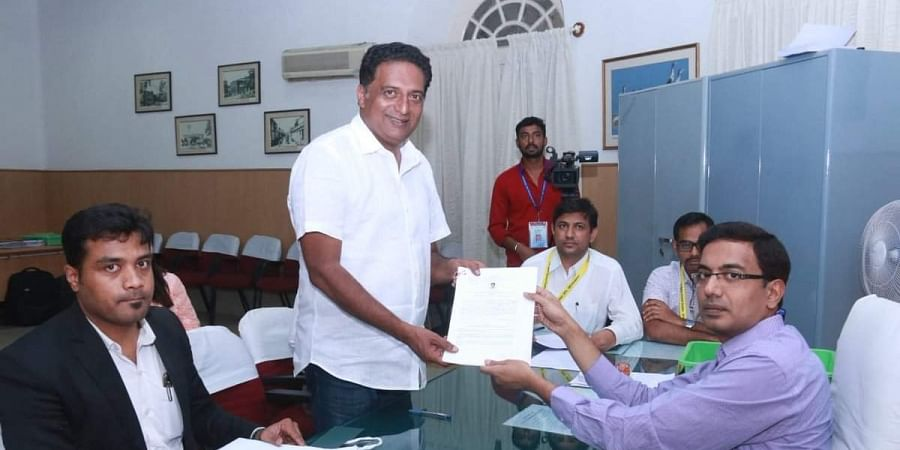 Actor Prakash Raj files nomination as Independent candidate from Bangalore Central