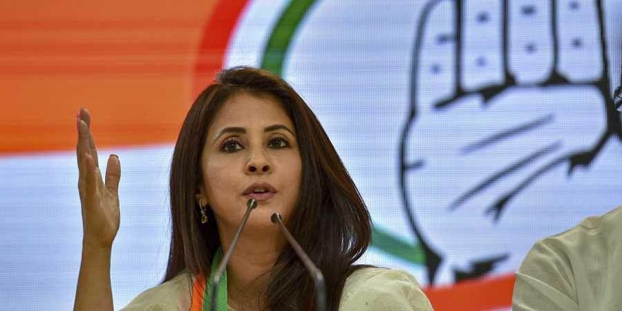 Bollywood actor Urmila Matondkar addresses after joining the Congress Party in New Delhi. (Photo | PTI)