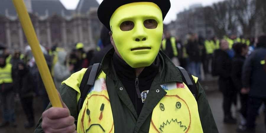 Yellow Vest Protest, Frech Protest, Macron