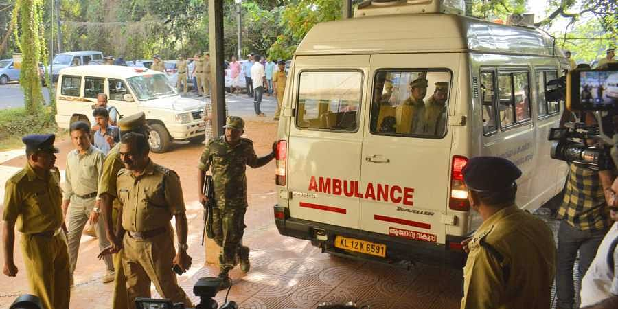 Body of slain Maoist leader CP Jaleel being brought to Kozhikode Medical College for postmortem (Photo | Manu R Mavelil/EPS)