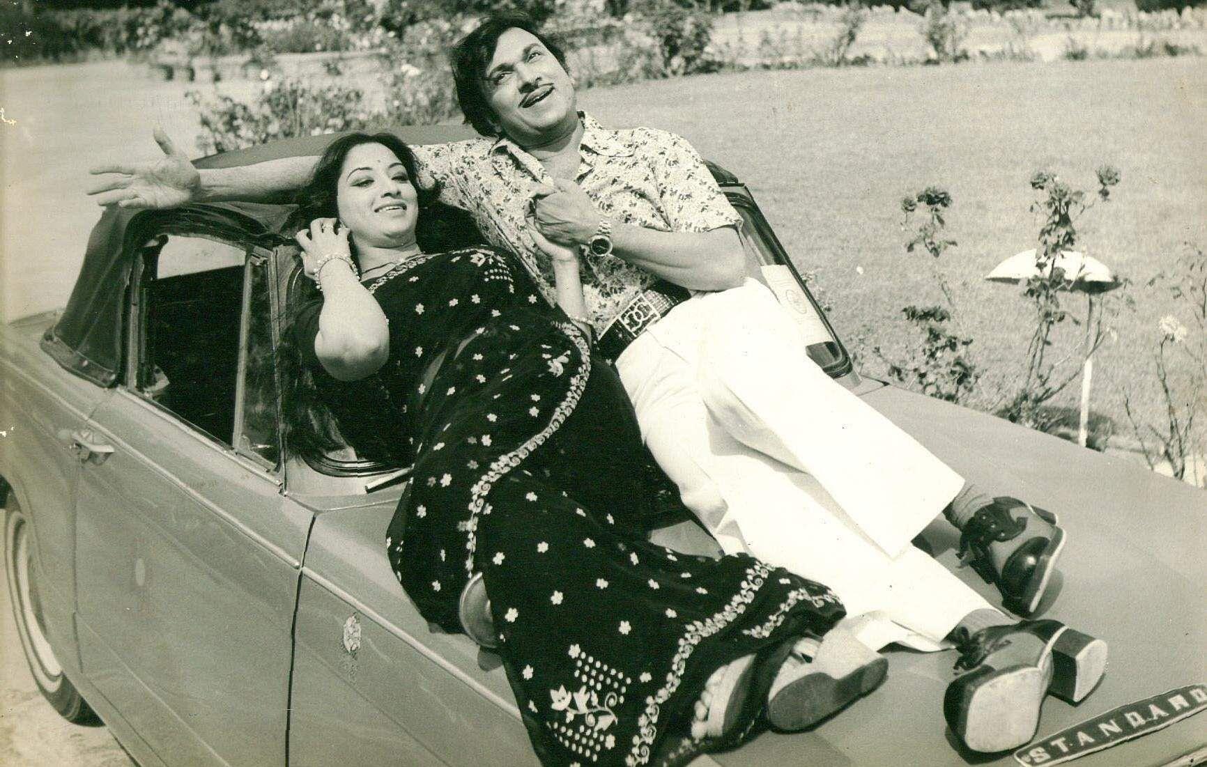 Actors Rajkumar and Lakshmi in 'Olavu Gelavin'.