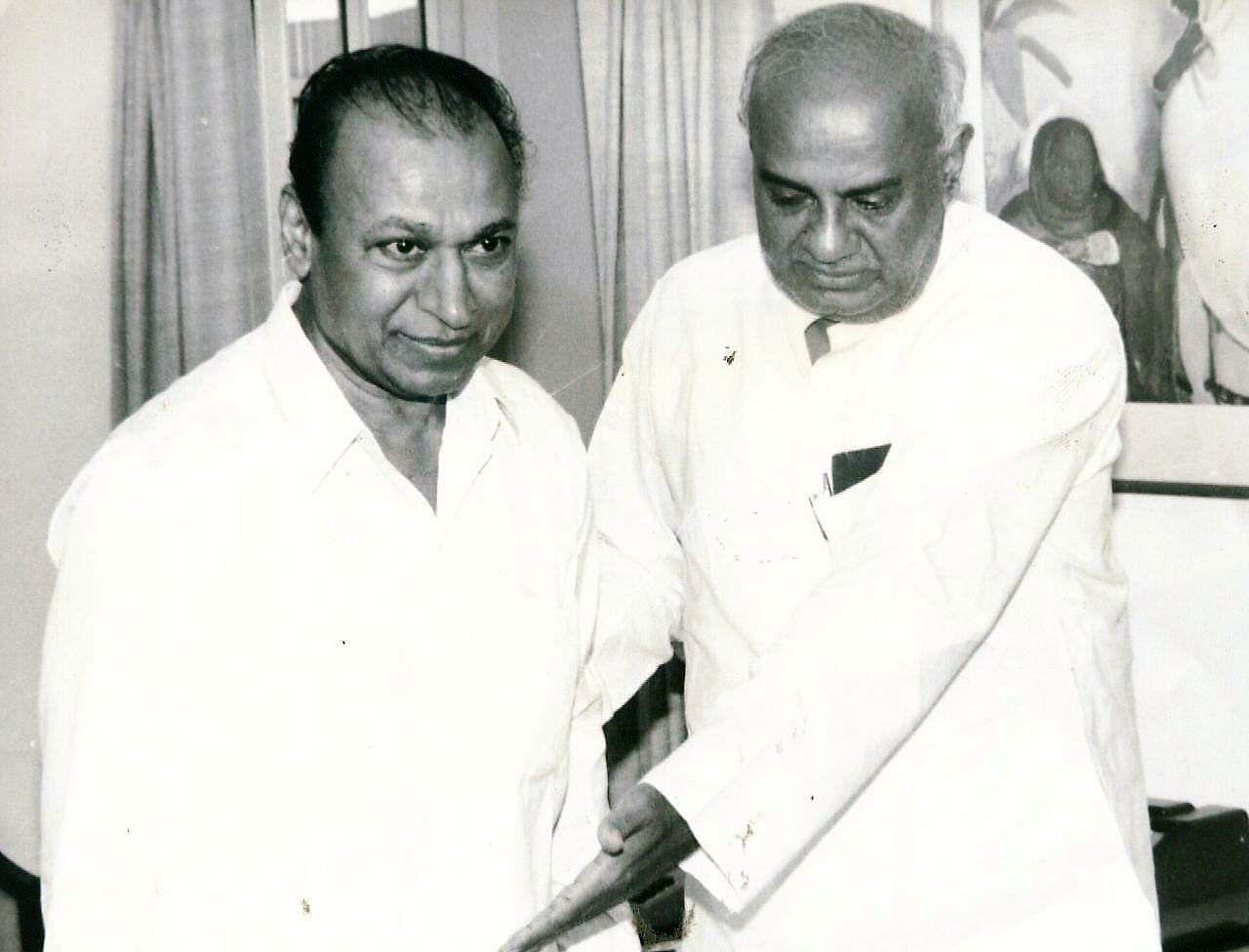 Actor Rajkumar with former PM HD Dewe Gowda.