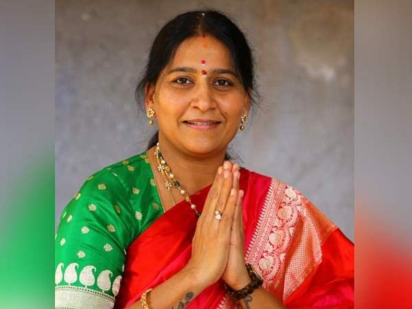 Malloth Kavitha (Congress to TRS): The former Congress leader joined TRS after her loss in Assembly polls.