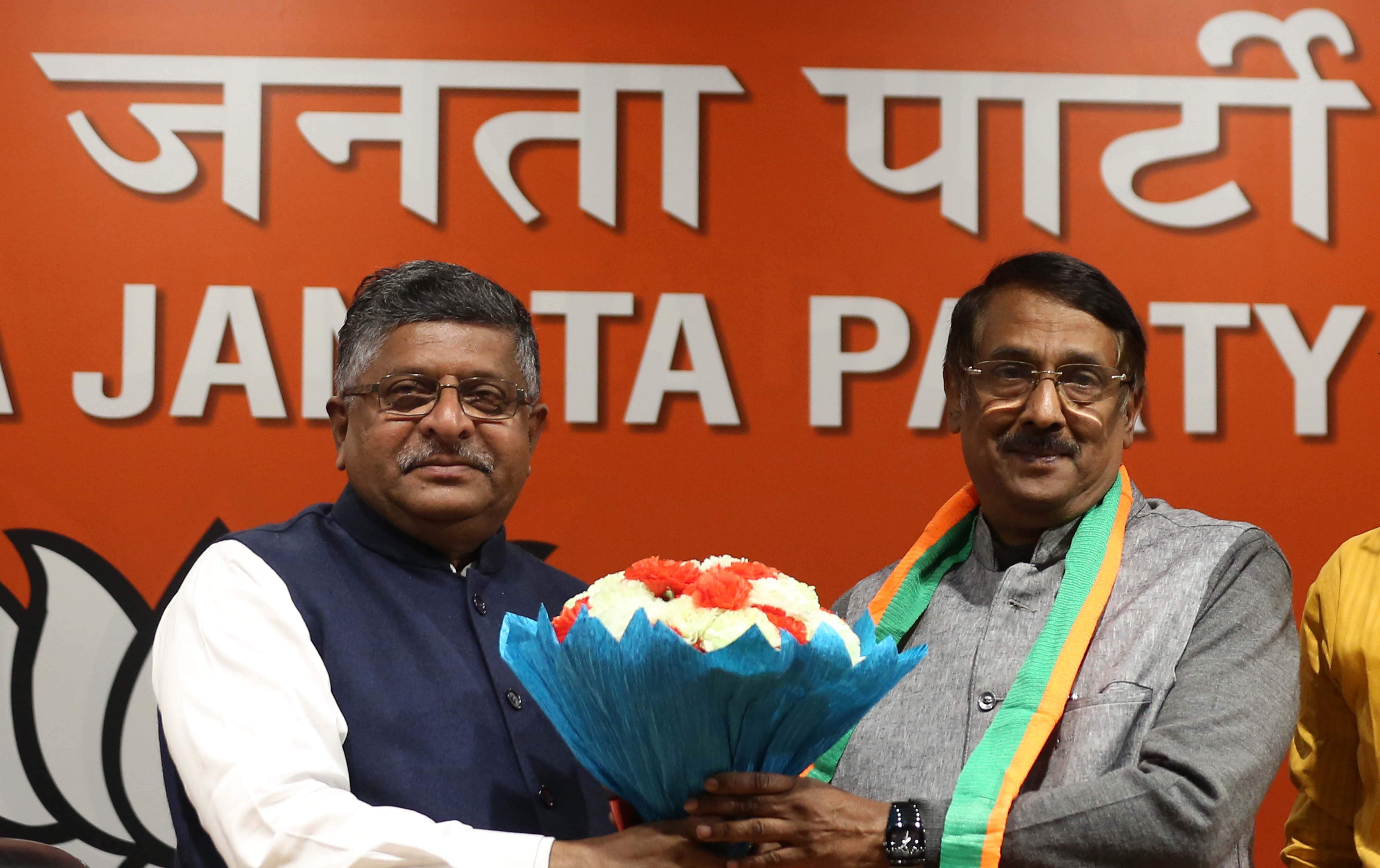 Tom Vadakkan (Congress to BJP): Once a close aide of the Gandhis, Vadakkan quit Congress and joined the BJP. He blamed the dynastic politics in Congress for his exit.