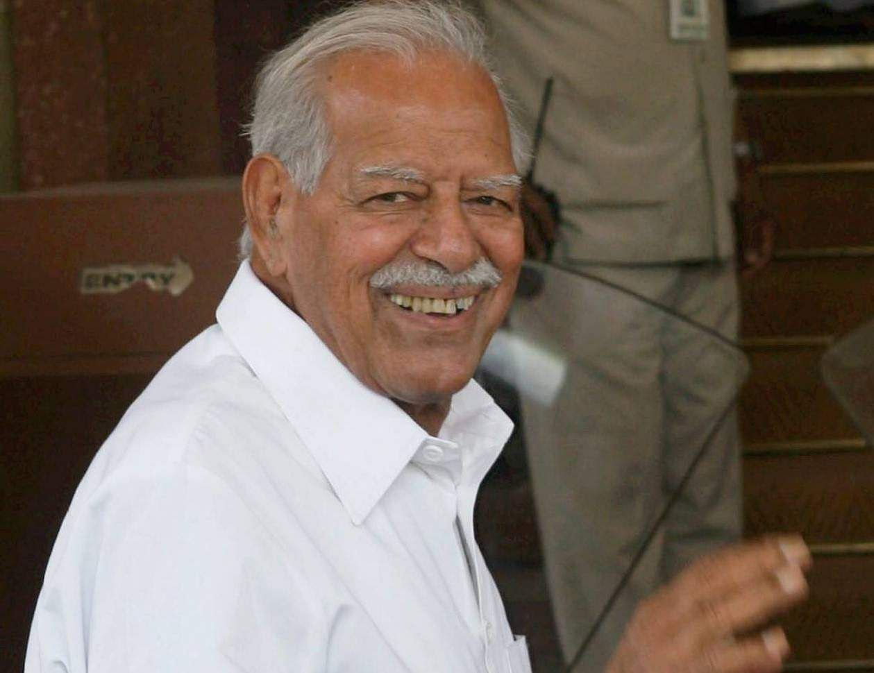 Dara Singh- After joining the BJP in 1998, the vetran wrestler was nominated to the Rajya Sabha in 2003, hence becoming the first sportsperson in the Upper House.