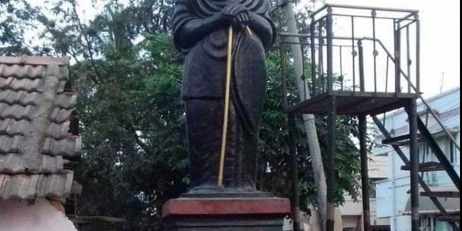 Periyar statue vandalised in Tamil Nadu's Pudukkottai, triggers row