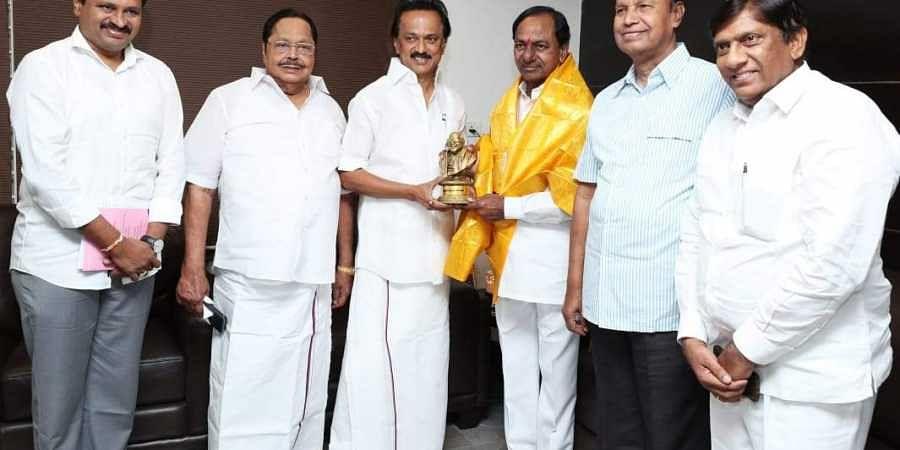 Telangana CM K Chandrasekhar Rao with DMK chief MK Stalin
