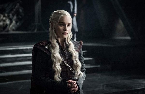 Emilia Clarke promises virtual dinner date in exchange for COVID-19 donation