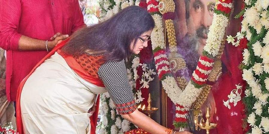 Mandya rejected negative politics: Sumalatha