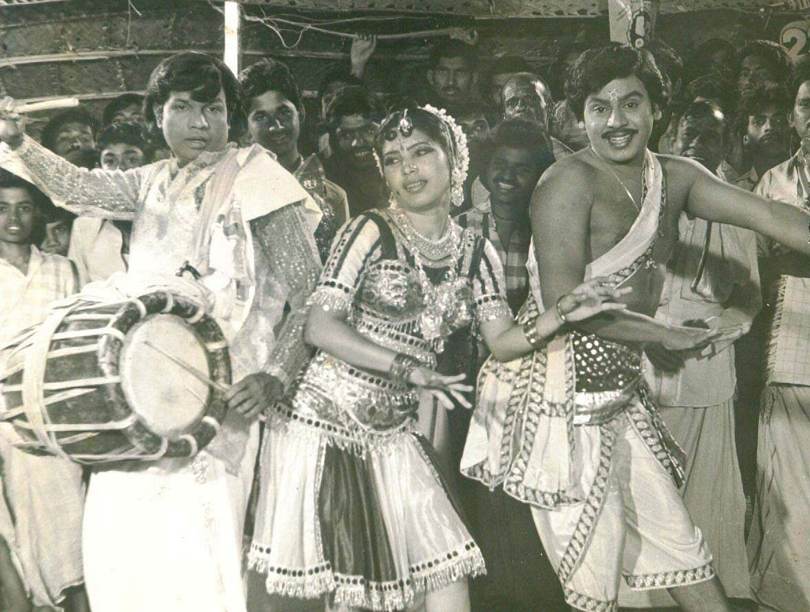 Actors Goundamani (L), Kovai Sarala (C) and Ramarajan (R) in 'Karagaattakkaran' movie which became famous for the 'banana' comedy scene.