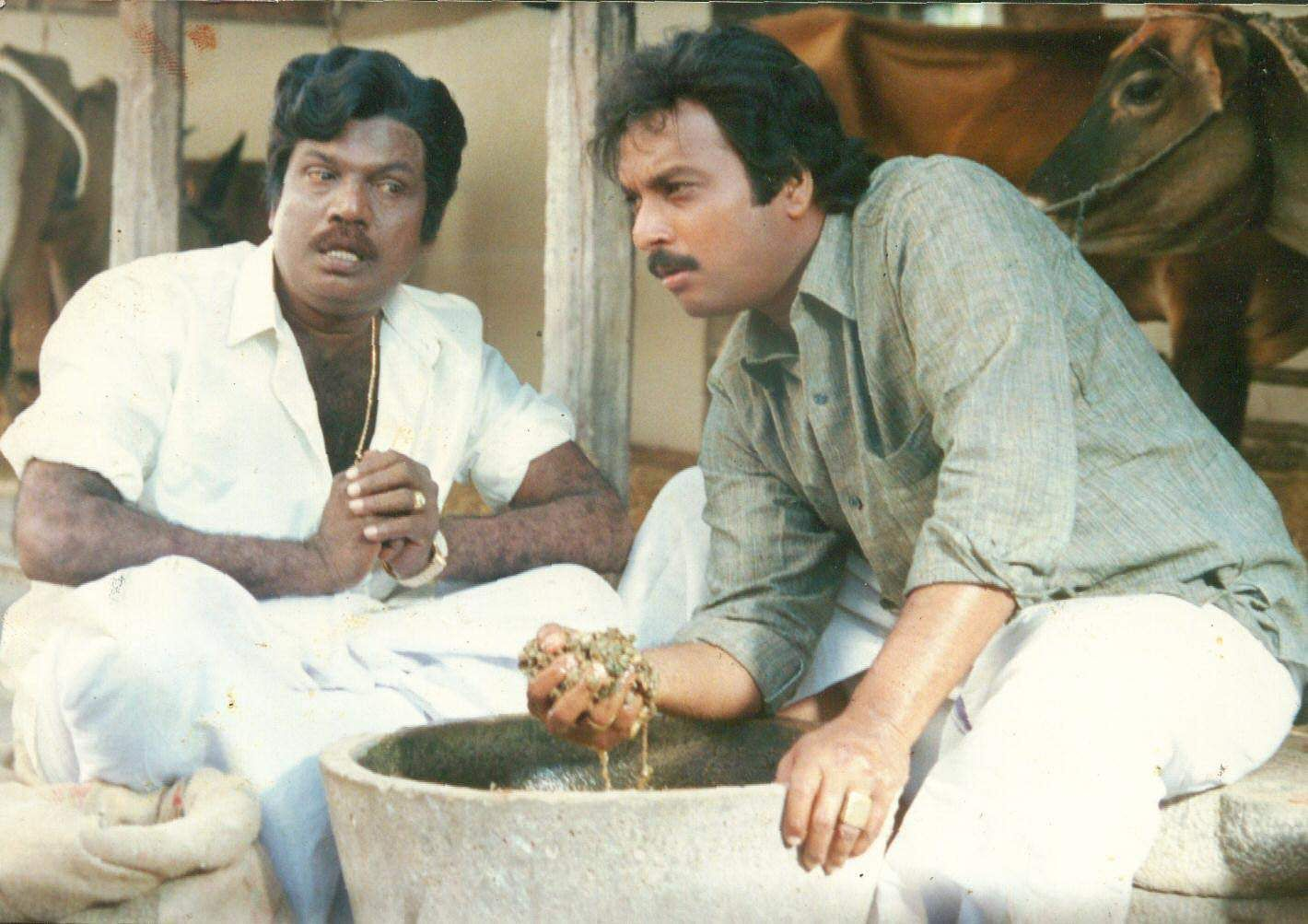 Actors Goundamani (L) and Karthik (R) in 'Poovarasan'.