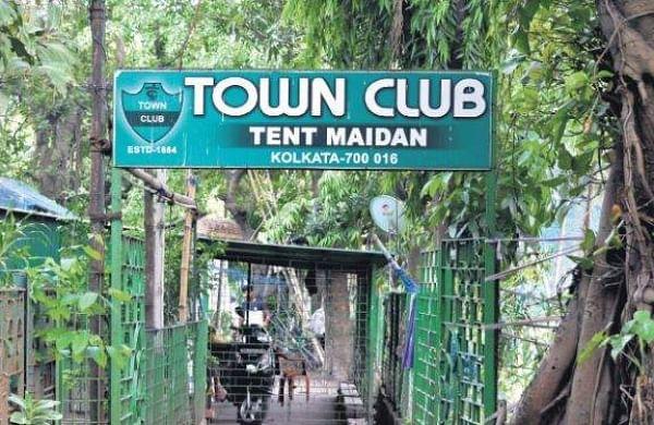 The Town Club in Kolkata| Atreyo Mukhopadhyay