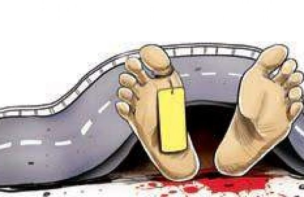Five-month-old Hyderabad boysleeping on footpath dies after a hit-and-run accident