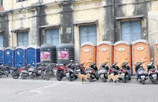 Badly maintained e-toilets raise a stink in Chennai