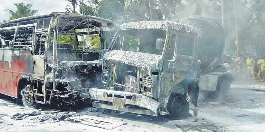 13 hurt in KSRTC bus-truck collision- The New Indian Express