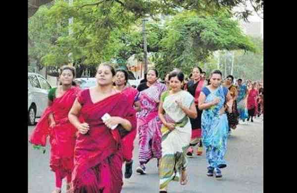 Not so saree: 1,000 women take part to promote fitness in Bengaluru