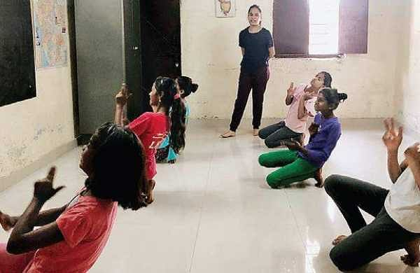 14-yr-old Bengaluru girl plans to organise dance festival to pay for poor students' college education