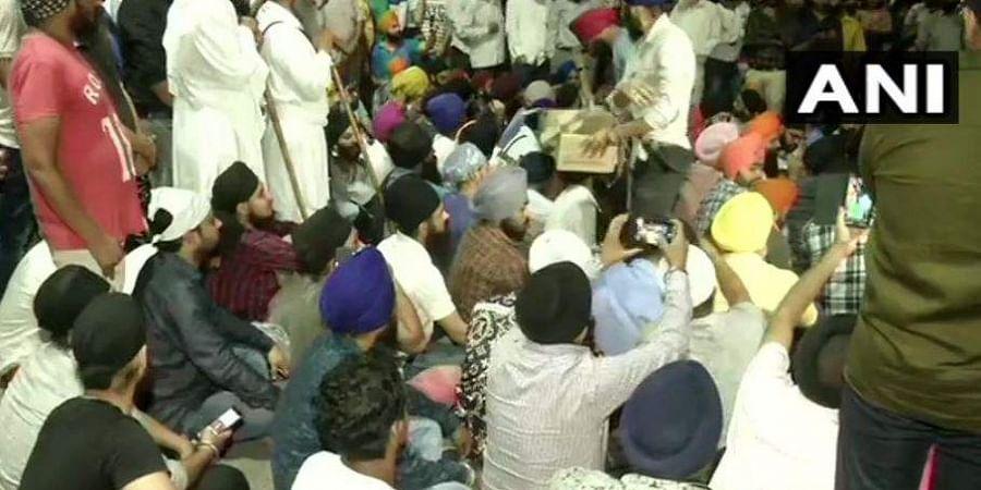 Image result for protest mukherjee nagar police station delhi