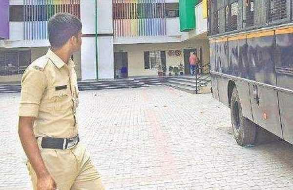 Chaos as cops swarm school premises