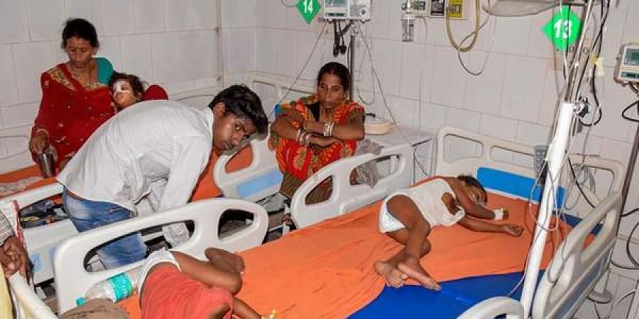 Children showing the symptoms of Acute Encephalitis Syndrome being treated at a hospital in Muzaffarpur.