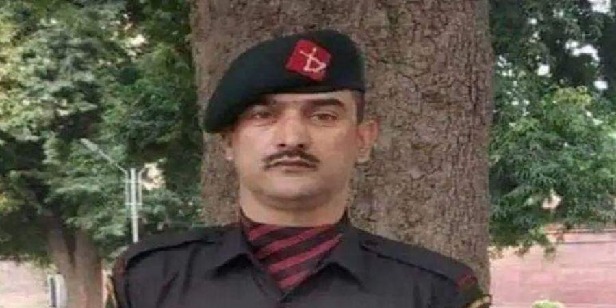 Kashmiri Ashoka Chakra awardeeLance Naik Nazir Ahmad Wani