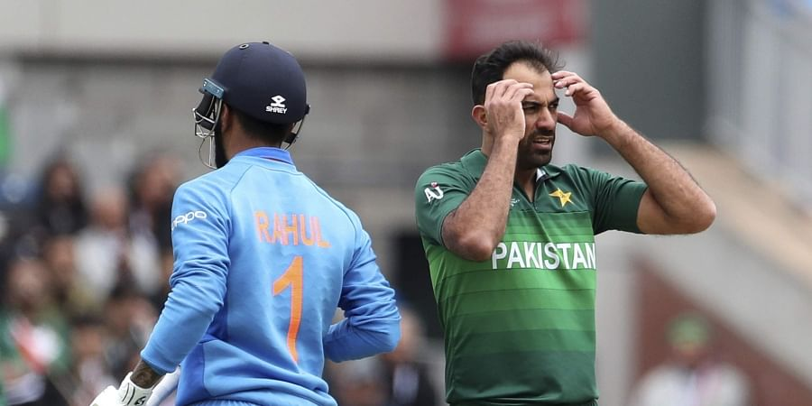 Pakistan out to seize a World Cup lifeline against lowly South Africa