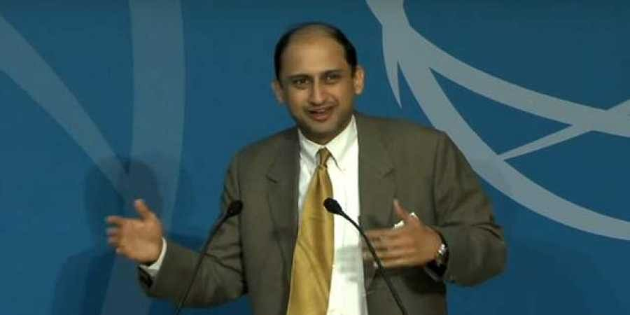 RBI deputy governor Viral Acharya | YouTube
