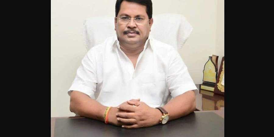 Maharashtra Congress leader and former minister Vijay Wadettiwar (Photo | Facebook)