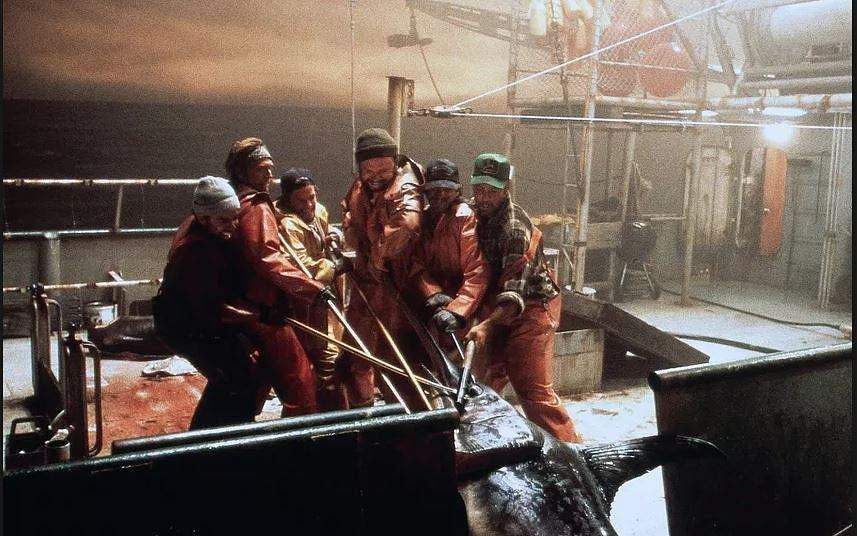 THE PERFECT STORM (2000): The movie-adaptation of non-fiction book by Sebastian Junger, it tells the story of a fishing boat that gets lost in the sea during a killer storm. Friends and family worry and wait at the shore while the crew perishes one after another.
