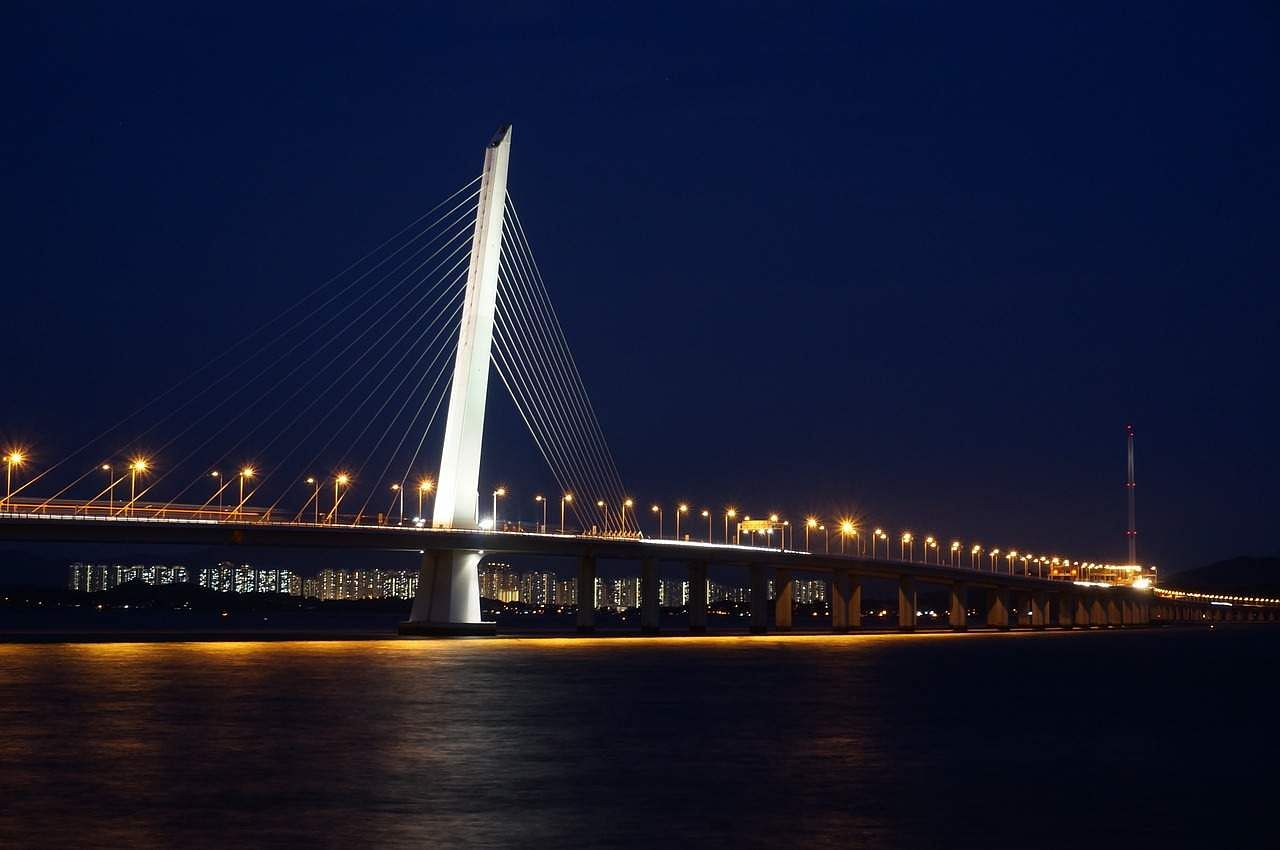 Shenzhen Bay Bridge which connects Hong Kong to mainland China