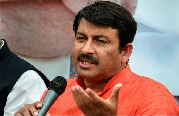 Infighting in AAP, Sisodia too may leave: Manoj Tiwari